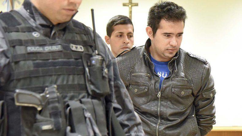 El oficial Pedro Lázaro Benítez aceptó su responsabilidad en los delitos que se le imputan