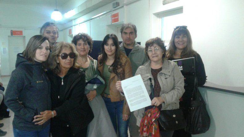 Vecinos del Juan XXIII reclaman respuestas en el municipio