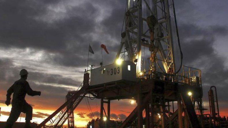 Aseguran que habrá una importante baja en regalías petroleras