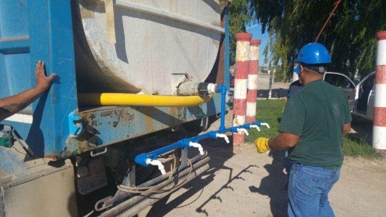 Mañana se prevé restablecer el servicio de agua en todos los barrios