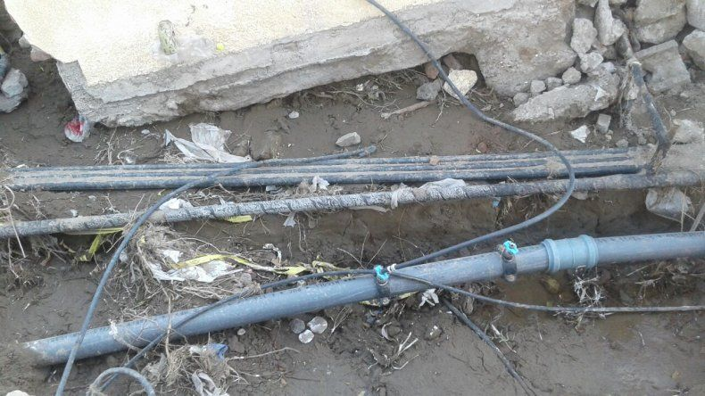 Conexiones de gas precarias y estructuras a punto de desmoronarse