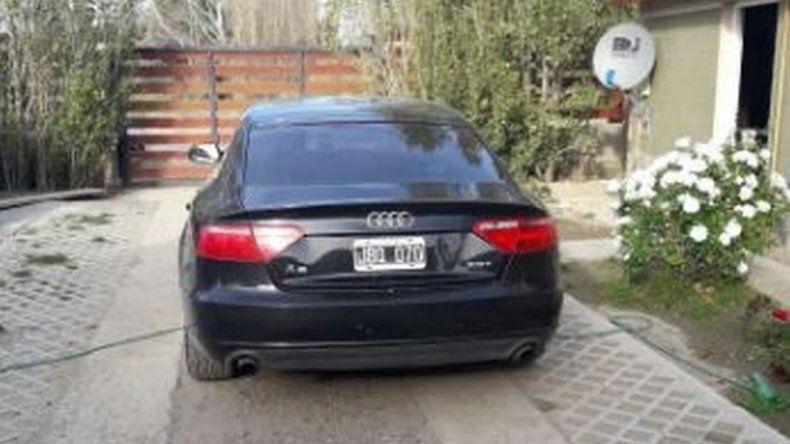La Brigada de Investigaciones secuestró autos y motos de alta gama