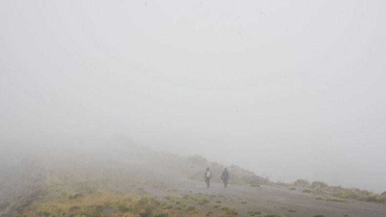 Miércoles con cielo nublado, lluvias y lloviznas