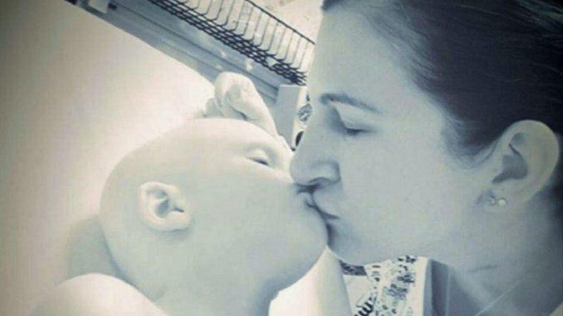 Su hijo murió de cáncer y compartió su dolor en las redes