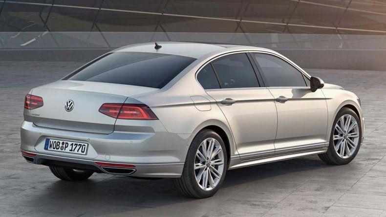 Volkswagen suma el Passat R-Line