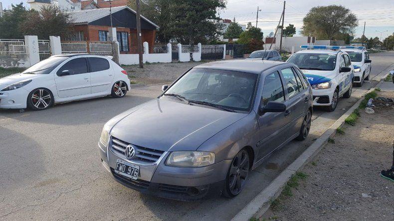 El VW Gol robado en 2014 en La Plata fue secuestrado ayer en la calle Galina.
