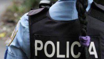 mujer policia intercedio en un hecho de violencia y sufrio una golpiza