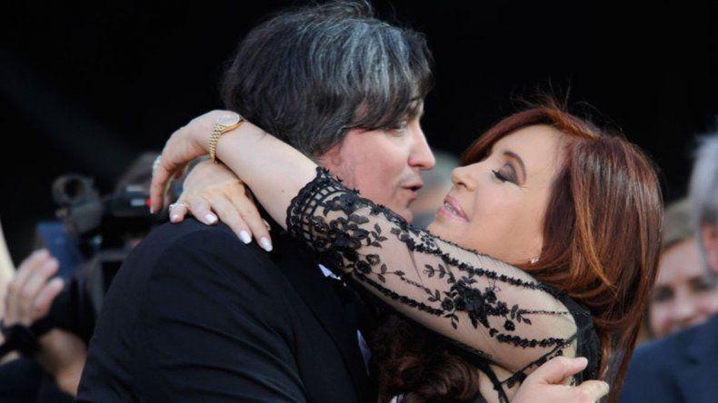 Máximo Kirchner aseguró que no está totalmente descartado que su madre sea candidata en las elecciones legislativas de este año.