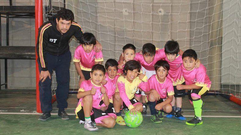 Uno de los equipos que participa en los Juegos Comunales.