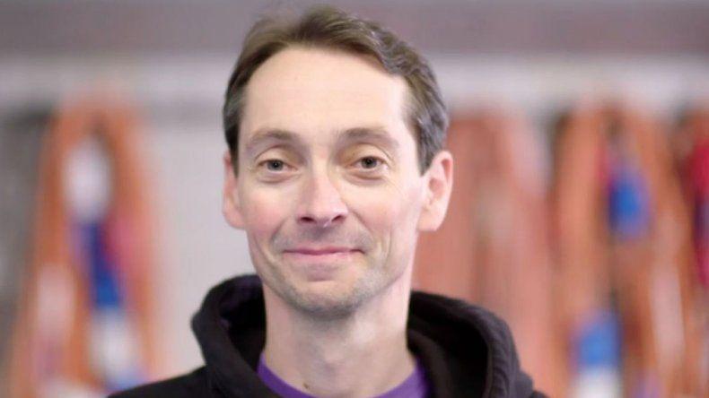 El hombre que se recuperó  de esclerosis múltiple