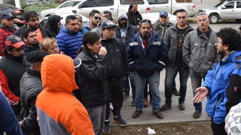 Trabajadores del sector de recolección de residuos dialogan con Franco Carrizo