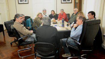 Gremios municipales definen el aumento que pedirán