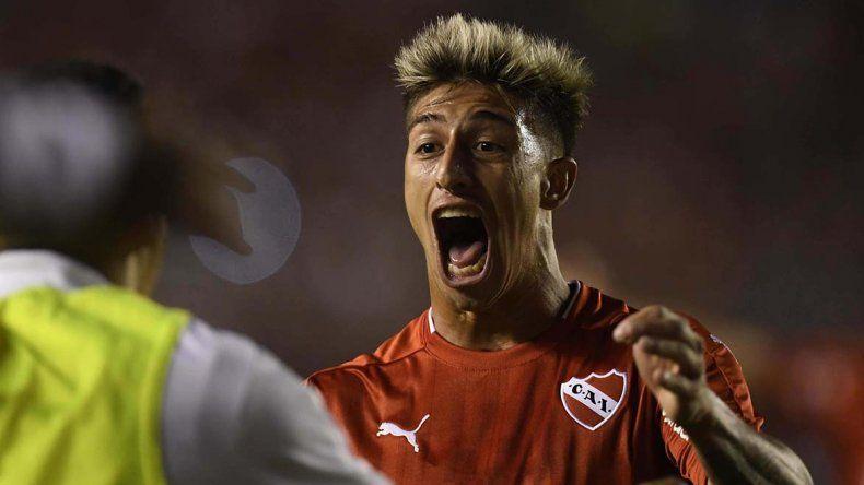 Emiliano Rigoni abrió el camino de la victoria anoche en Avellaneda.