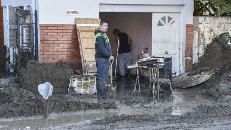 Nación propone dos soluciones habitacionales inmediatas
