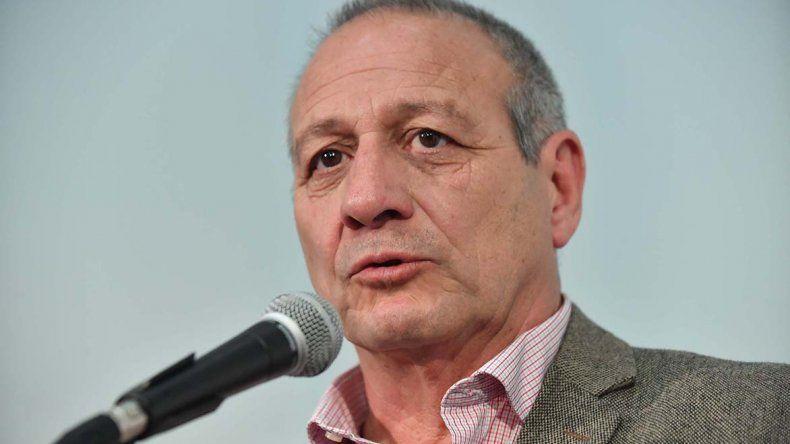 En medio de la crisis, renunció el ministro de Salud Ignacio Hernández