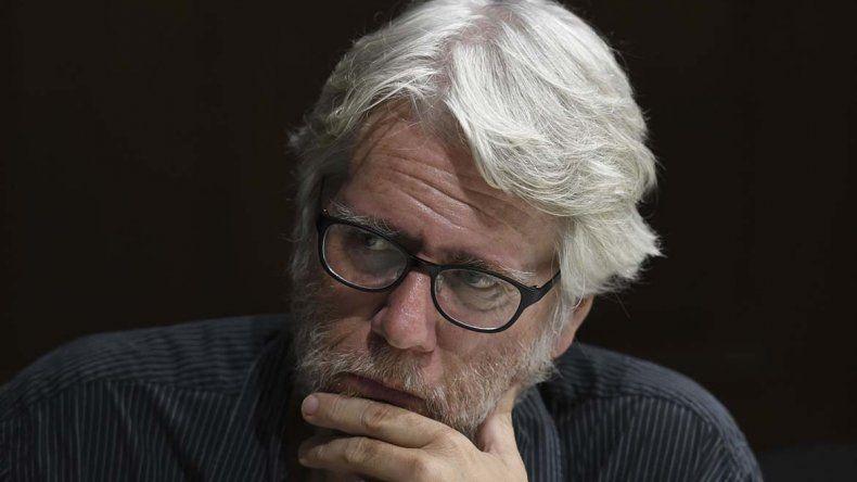 Mario Montalbetti brindó una conferencia sobre poesía.