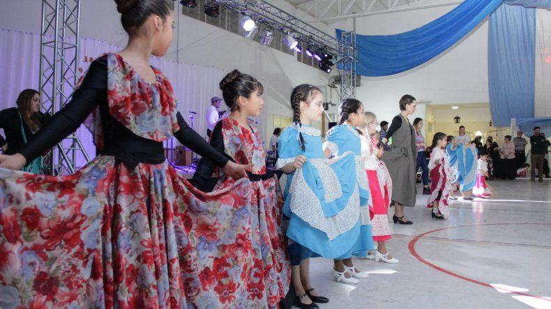 Cultura de Rada Tilly invita a espectáculos de música y baile