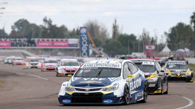 Agustín Canapino marcha en el segundo puesto del campeonato del Súper TC2000 luego de corridas cuatro fechas.