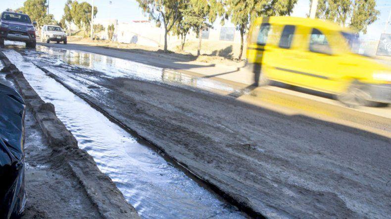 El agua que corre en forma permanente sobre Chile al 500.
