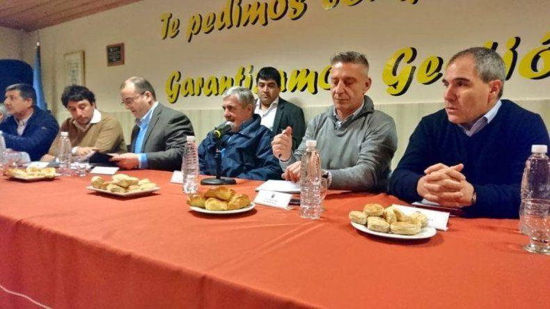 Das Neves encabezó reunión de gabinete en Río Mayo