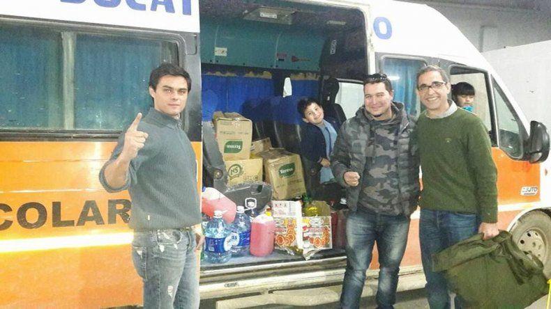 El Club Chevrolet Sin Fronteras entregó donaciones al destacamento de Laprida