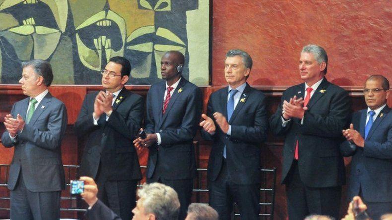 Macri se descompensó por la altura en Quito