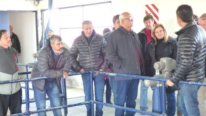 Autoridades de Rada Tilly y Caleta Olivia recorrieron el acueducto