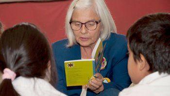 Los grupos de Abuelos Lectores crecen en Chubut.
