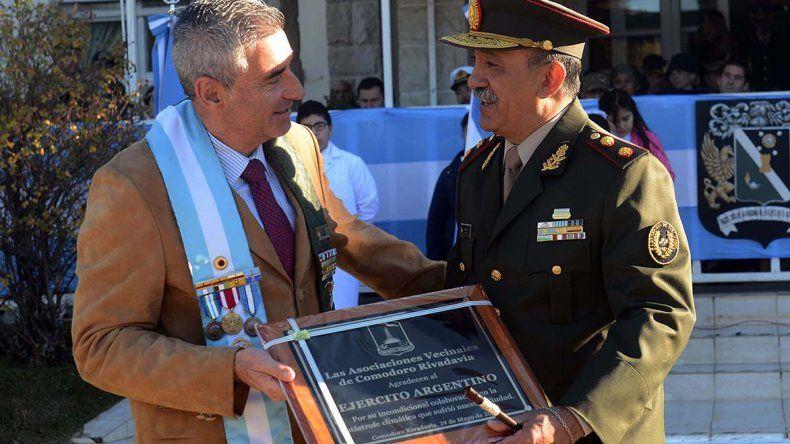 La Municipalidad reconoció el trabajo del Ejército en el aniversario de su creación