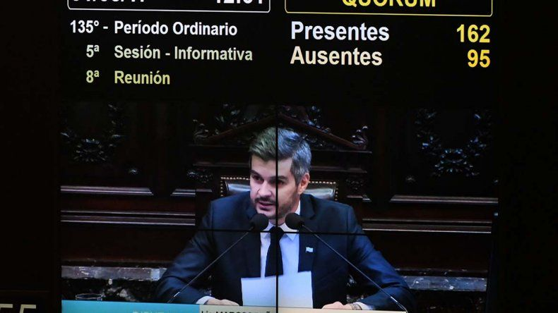 Marcos Peña Braun presentó el informe de gestión a Diputados.