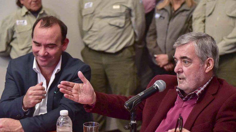 El gobernador Mario Das Neves brindó ayer detalles de la reunión del martes en Casa Rosada.