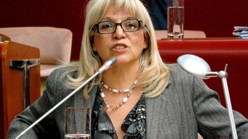 Rosa Muñoz quien fue diputada provincial durante dos períodos integrará la lista de candidatos.