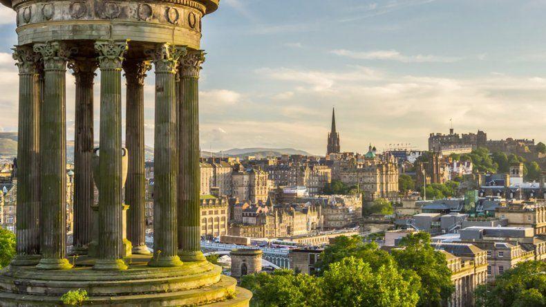 Edimburgo es la segunda ciudad más grande de Escocia tras Glasgow.