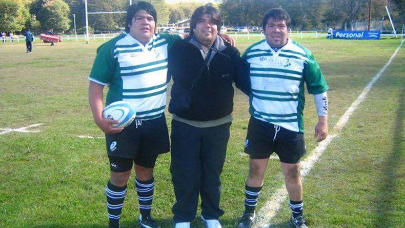 Ramón Papo Quinteros –izq y el mejor de los tres hermanos– junto a Cristian y José.