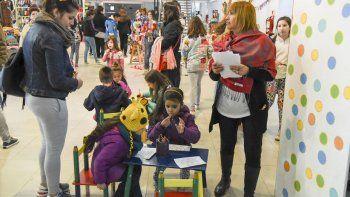 La Feria de Diseño convirtió durante el fin de semana al Centro Cultural en un paseo para toda la familia.