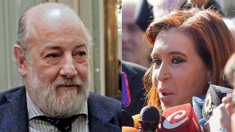 El juez Claudio Bonadio resolverá ahora si acepta o no la recusación presentada en su contra por Cristina.