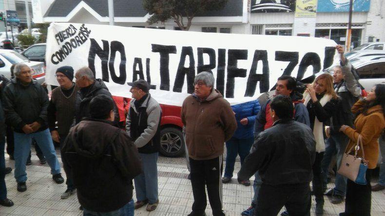 Vecinos autoconvocados repudiaron el tarifazo de la SCPL