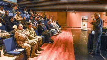 El auditorio del Centro Cultural fue escenario de la capacitación Plan de Prevención de Daños que buscó brindar información a las empresas para evitar roturas en las cañerías de gas.