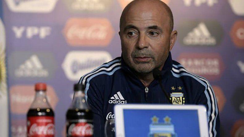 Jorge Sampaoli debutó con éxito al frente de la selección argentina de fútbol.