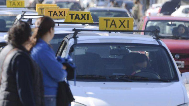 Un taxista fue atacado con un machete  en la avenida Lisandro de la Torre