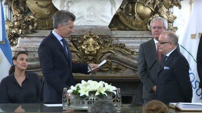 Jorge Faurie juró como Canciller ante Macri en reemplazo de Malcorra
