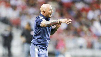 Jorge Sampaoli destacó la predisposición de todos, pensando en Uruguay por las eliminatorias.