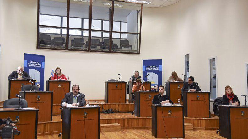 La sesión de ayer registró la ausencia de tres concejales.