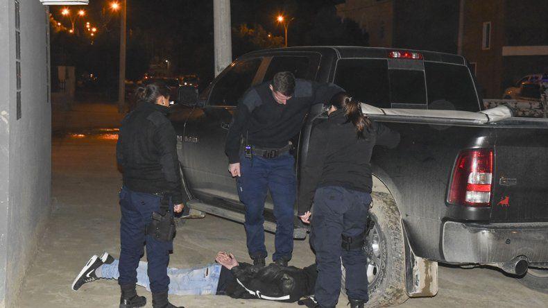 Dos de los autores del robo a la casa del barrio Pueyrredón fueron atrapados por la policía en los alrededores.