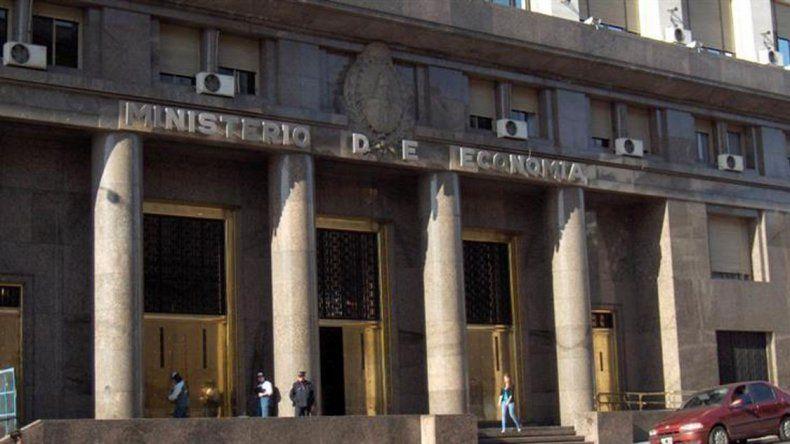 Finanzas colocó bono a 100 años por U$S2.750