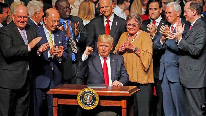 Trump aplica nuevas medidas de restricción contra Cuba.