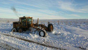 La ruta Nacional 3 permanecía habilitada anoche con extrema precaución para el tránsito por la presencia de hielo.