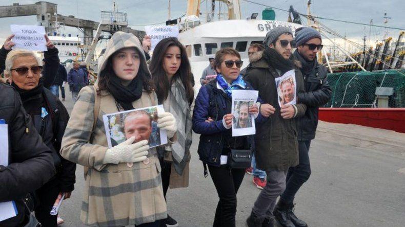 Familiares de las víctimas del Repunte se reunieron con ministros