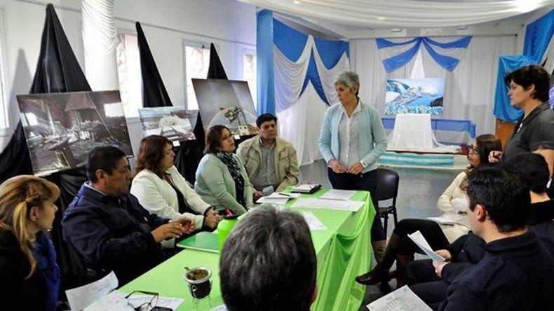 La primera reunión informativa para coordinar detalles de la organización de la Expo Invierno Cultural fue convocada por la Secretaría de Cultura