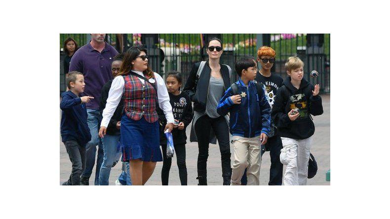 La hija de Angelina Jolie y Brad Pitt inició un tratamiento transgénero